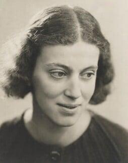 Dorothy Hodgkin, by Ramsey & Muspratt, circa 1937 - NPG P363(13) - © Peter Lofts Photography / National Portrait Gallery, London