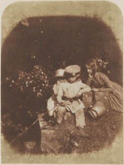 The Minnow Pool: children of Charles Finlay, by David Octavius Hill, and  Robert Adamson, 1843-1848 - NPG P6(171) - © National Portrait Gallery, London