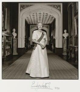 Queen Elizabeth II, by Terry O'Neill - NPG P549