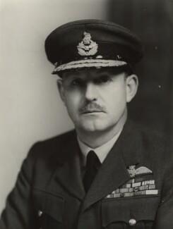 Sir Kenneth Brian Boyd Cross, by Elliott & Fry - NPG x86893