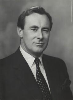 Sir Stephen Lewis Edmonstone Hastings, by Elliott & Fry - NPG x89650