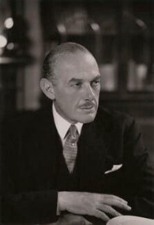 Oliver Lyttelton, 1st Viscount Chandos, by Elliott & Fry - NPG x90397