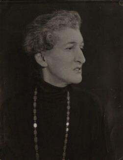 Margaret Emma Alice ('Margot') Asquith (née Tennant), Countess of Oxford and Asquith, by Elliott & Fry - NPG x90783