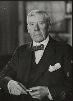 Sir Arthur Thomas Quiller-Couch, by Walter Benington, for  Elliott & Fry - NPG x91229