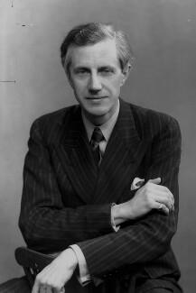 Sir George Edward Gordon Catlin, by Elliott & Fry - NPG x92181