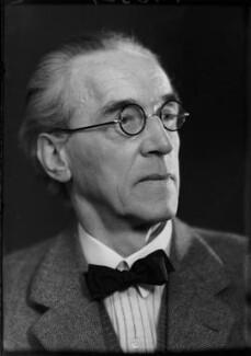 Norman Ault, by Elliott & Fry, 27 April 1948 - NPG x92994 - © National Portrait Gallery, London
