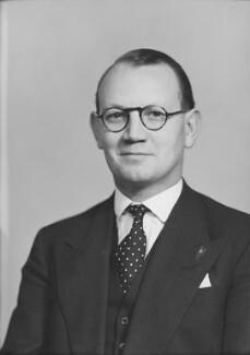 Austin Richard William ('Toby') Low, 1st Baron Aldington, by Elliott & Fry, 1950 - NPG x99208 - © National Portrait Gallery, London