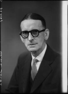 Sir William Llewelyn Davies, by Elliott & Fry - NPG x99716