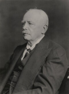 Arthur Jocelyn Charles Gore, 6th Earl of Arran, by Walter Stoneman - NPG x163670