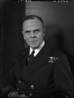 Sir Frederick Richard Gordon Turner, by Walter Stoneman - NPG x163706