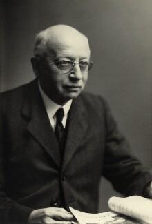 Sir Alfred Eckhard Zimmern, by Walter Stoneman - NPG x165225