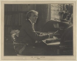 Sir Henry Irving, by Elliott & Fry - NPG x127444
