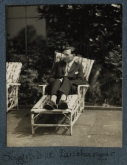 Siegfried Sassoon, by Lady Ottoline Morrell - NPG Ax142555