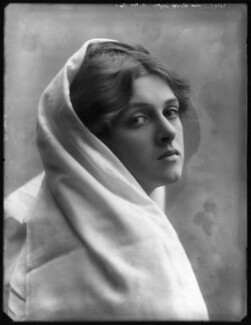 Dame Gladys Cooper, by Bassano Ltd, 1910 - NPG x127675 - © National Portrait Gallery, London