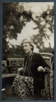 Virginia Woolf, by Lady Ottoline Morrell - NPG Ax142590