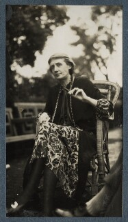 Virginia Woolf, by Lady Ottoline Morrell - NPG Ax142591