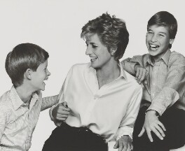'Diana, Princess of Wales with her sons', by John Swannell, 1994 - NPG  - © John Swannell / Camera Press