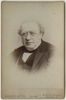Sir Alfred Baring Garrod, by Elliott & Fry - NPG x127912