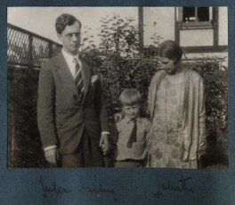 The Huxley family, by Lady Ottoline Morrell - NPG Ax143212
