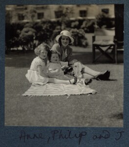 The Goodman family, by Lady Ottoline Morrell - NPG Ax143445