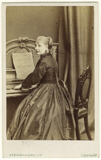 Nelly Moore, by London Stereoscopic & Photographic Company - NPG Ax25066