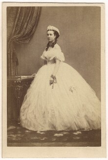 Queen Alexandra, by E. Lange - NPG Ax24180