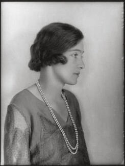Edith Constance Annesley (née Rawlinson), Countess Annesley, by Bassano Ltd, 19 July 1929 - NPG x124682 - © National Portrait Gallery, London