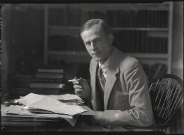 George Douglas Howard Cole, by Lafayette (Lafayette Ltd), 6 October 1928 - NPG x42851 - © National Portrait Gallery, London