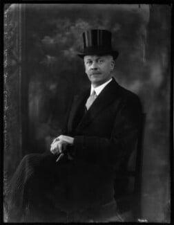 Vere Brabazon Ponsonby, 9th Earl of Bessborough, by Bassano Ltd - NPG x150031