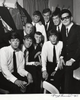 The Beatles with Gerry and The Pacemakers and Roy Orbison, by Harry Hammond, 1963 - NPG x15551 - © Harry Hammond / Victoria & Albert Museum