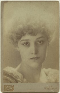 Dorothy Dene (Ada Alice Pullen), by Henry Van der Weyde - NPG x128420