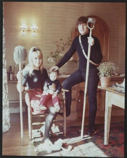 The Lennon Family, by Robert Whitaker - NPG P732