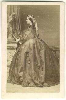 Margaret (née McLean), Lady Lockhart, by Disdéri - NPG Ax46326