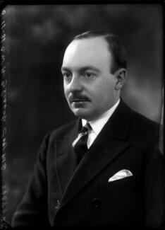 Clifford William Hudson Glossop, by Bassano Ltd - NPG x150730