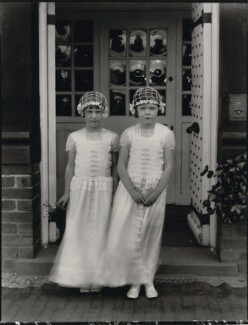 Two bridesmaids for the wedding of Geoffrey Kemp Bourne and Agnes Evelyn Thompson, by Lafayette - NPG x128602