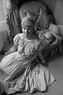Laura Ashley, by Robin Laurance, 1977 - NPG x128606 - © Robin Laurance / National Portrait Gallery, London