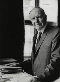 Sir Walter Fraser Oakeshott, by Godfrey Argent - NPG x165833