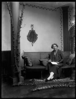 Henrietta Leslie (Gladys Henrietta Raphael Schutze), by Bassano Ltd - NPG x150867