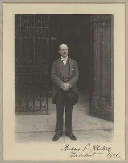 Hudson Ewbanke Kearley, 1st Viscount Devonport, by Benjamin Stone - NPG x29035