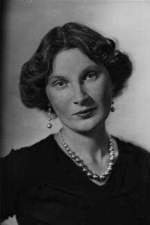 Margaret Ann d'Abreu (née Bowes-Lyon), by Howard Coster - NPG x128705
