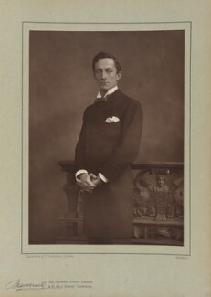 Sir Johnston Forbes-Robertson, by Herbert Rose Barraud, published by  Eglington & Co, published 1890 - NPG Ax5496 - © National Portrait Gallery, London