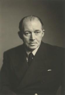 Gordon Ralph Hall Caine, by Walter Stoneman - NPG x166308