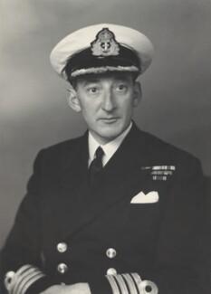 David Charles Cairns, 5th Earl Cairns, by Walter Stoneman - NPG x166312
