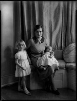 Hon. Mary Cecilia McNair Scott (née Berry) and children, by Bassano Ltd, 27 May 1935 - NPG x151353 - © National Portrait Gallery, London