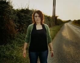 Alicia Kearns, by Emma Hardy - NPG x128788