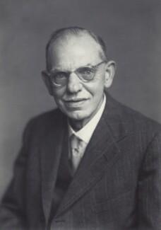 Sir David Thomas Chadwick, by Walter Stoneman - NPG x166498
