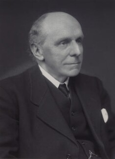 Edgar Algernon Robert Gascoyne-Cecil, 1st Viscount Cecil of Chelwood, by Walter Stoneman - NPG x166512