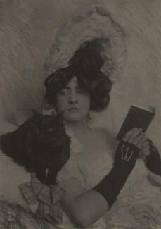 'Girl and Cat' (Gloria Warren), by Cavendish Morton - NPG x128812