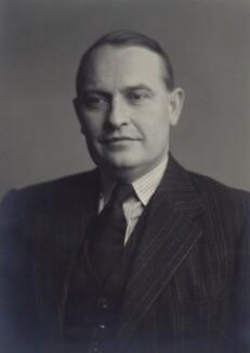 Charles John Lyttleton, 10th Viscount Cobham, by Walter Stoneman - NPG x166631