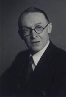 Frank Collindridge, by Walter Stoneman - NPG x166672